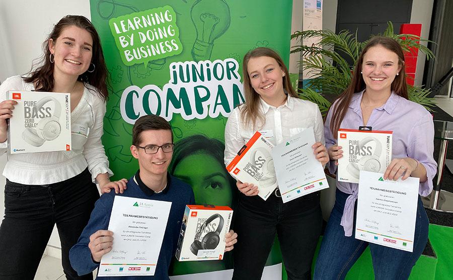 Schüler der HTL1 Linz beim Junior Innovation Camp 2020