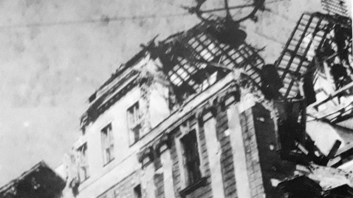130 Jahre HTL1 – Bombenruine Goethestrasse 1945